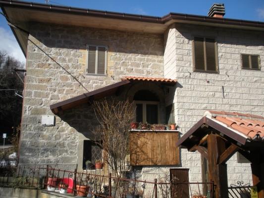 Montegallo-Fonditore-Casa-di-nascita-del-Beato-Marco-533x400