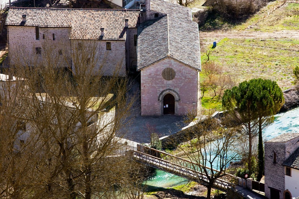 Il-complesso-Francescano-e-la-Chiesa-di-San-Lorenzo-a-Borgo-Cerreto